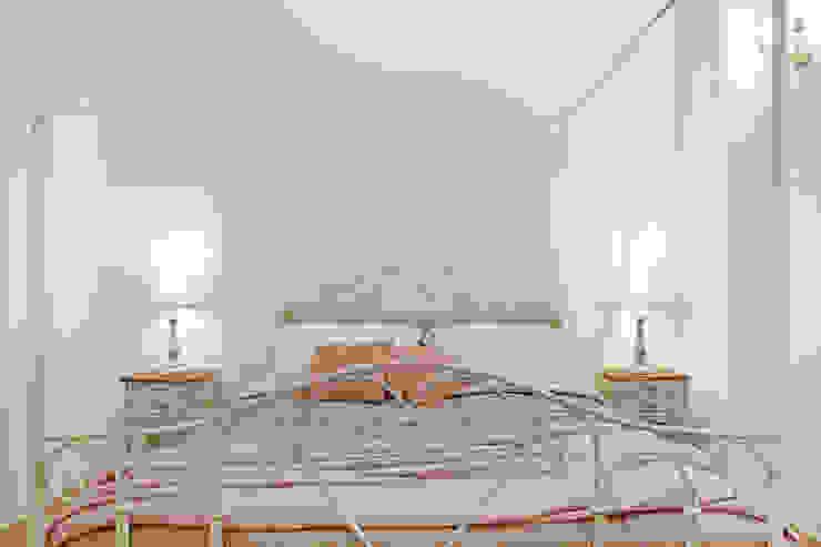 piccola struttura ricettiva, Bologna senzanumerocivico Camera da letto in stile classico