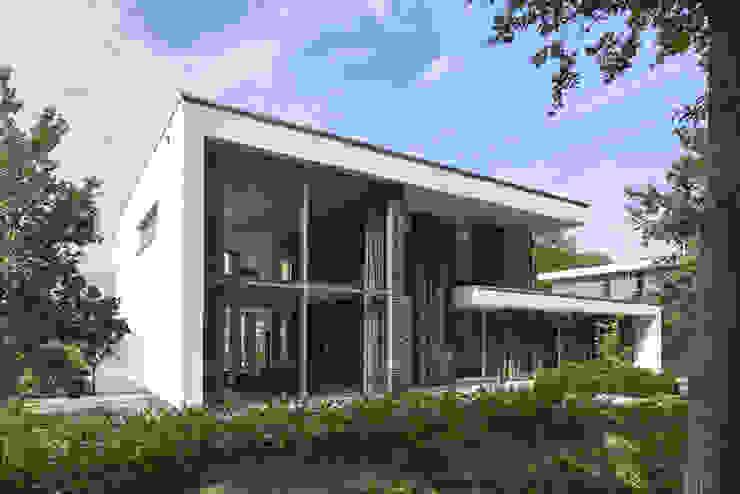 N-House in Dorst bij Breda. Moderne huizen van Lab32 architecten Modern