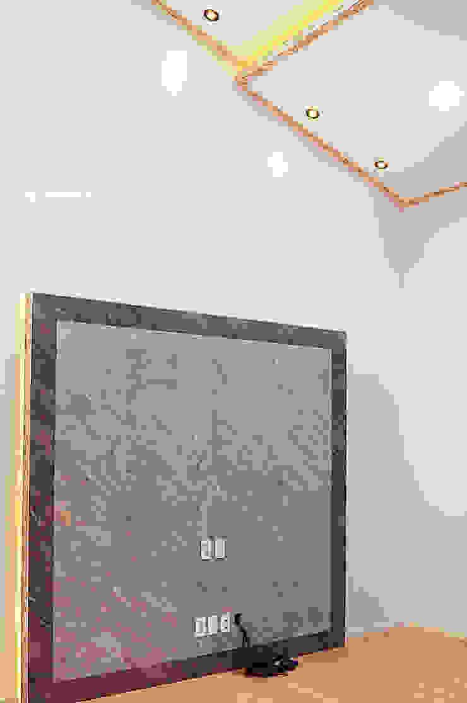 함라 신대리 2호 35평형 ALC전원주택 모던스타일 거실 by W-HOUSE 모던 석회암