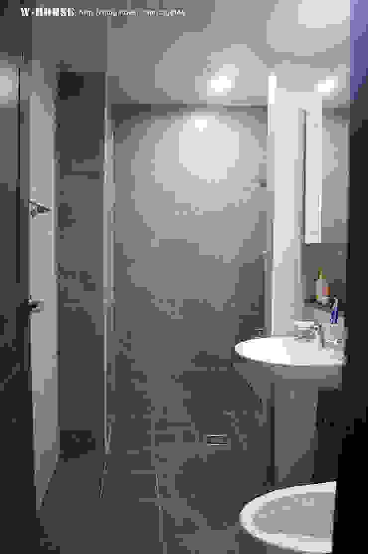 경남하동 50평형 ALC친환경 애견팬션 스칸디나비아 욕실 by W-HOUSE 북유럽 타일