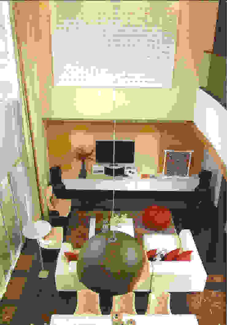 CINERE AT MAJALAH LARAS Ruang Keluarga Modern Oleh sony architect studio Modern