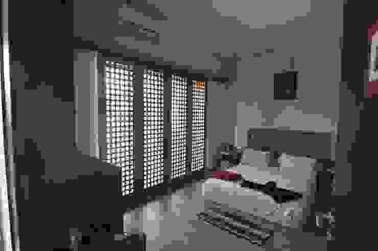 COKRO ,VMM Kamar Tidur Modern Oleh sony architect studio Modern