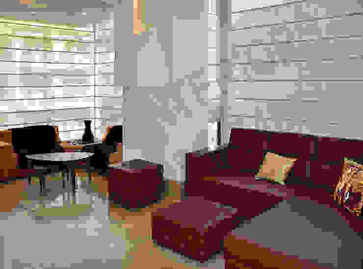 Villa Tribuz Interiors Pvt. Ltd. Eclectic style corridor, hallway & stairs