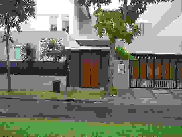 JULIA MATIO, BSD Rumah Modern Oleh sony architect studio Modern