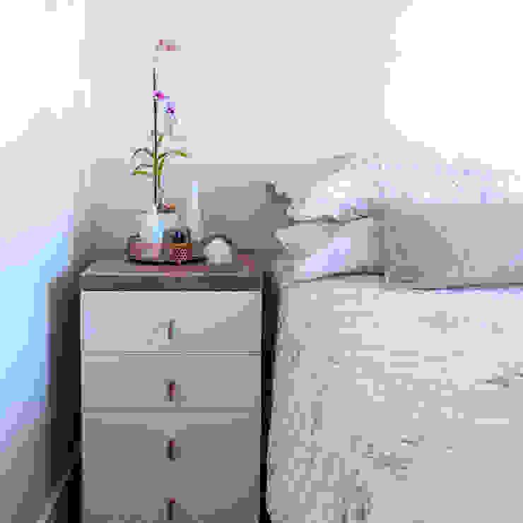 NOMA ESTUDIO Modern style bedroom