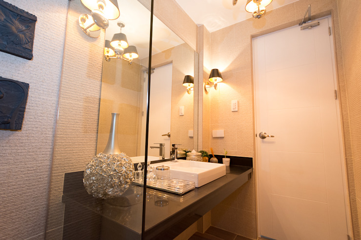 Tagaytay Southridge Estates TG Designing Corner Modern bathroom