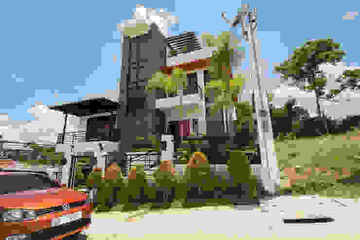 Modern houses by TG Designing Corner Modern