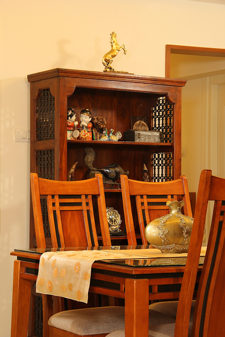 Marine Drive Classic style dining room by Studio Nirvana Classic