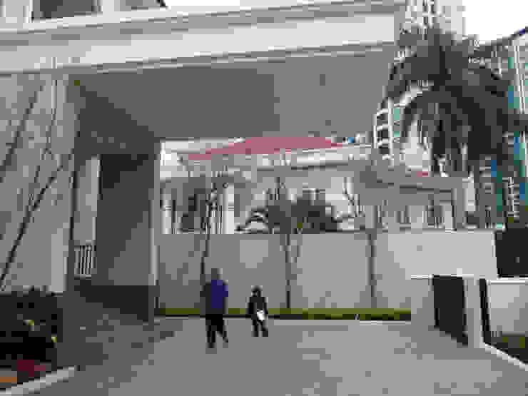 LINDA PONDOK INDAH Taman Modern Oleh sony architect studio Modern