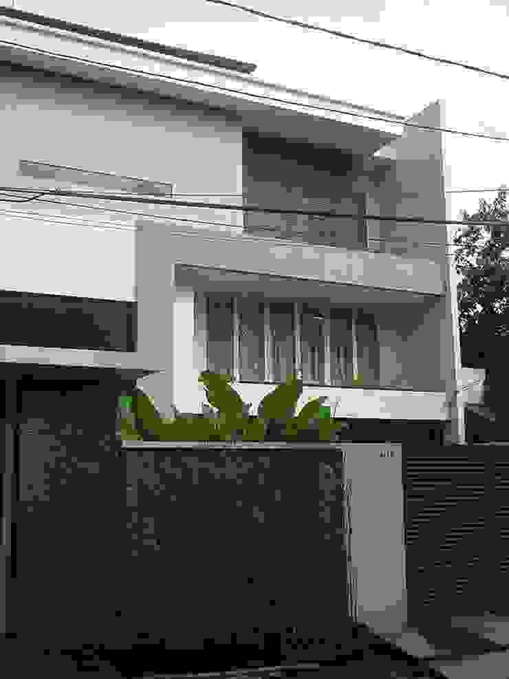 MALABAR RESIDENCE Rumah Modern Oleh sony architect studio Modern
