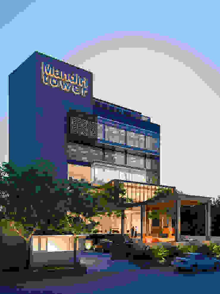 MANDIRI TOWER Rumah Modern Oleh sony architect studio Modern