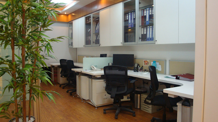 Selectchemie India AG, Mumbai. Modern study/office by Spaceefixs Modern