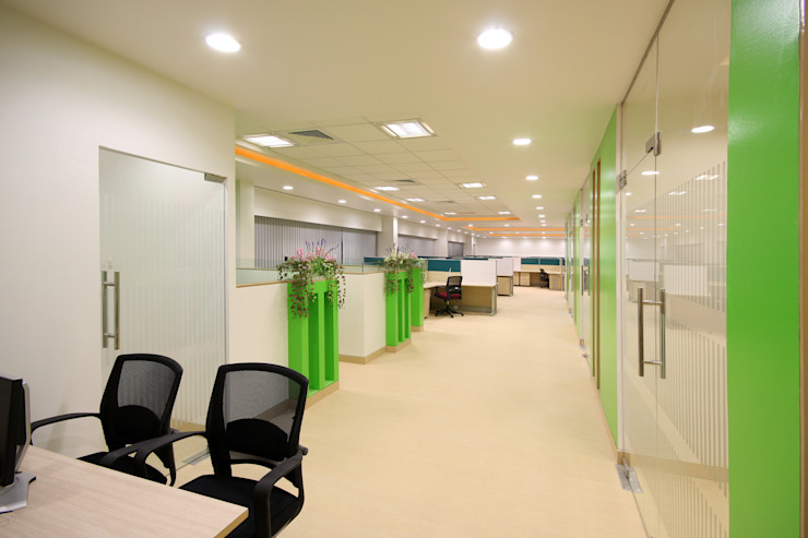 Kenersys : Kalyani Group, Pune Modern style study/office by Spaceefixs Modern