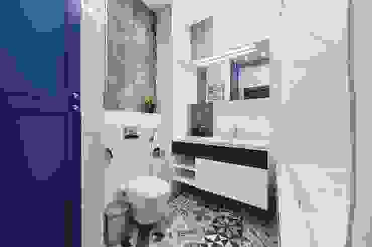 Реализованный интерьер квартиры на Шейнкмана,111 Ванная комната в стиле модерн от Дизайн Студия 33 Модерн
