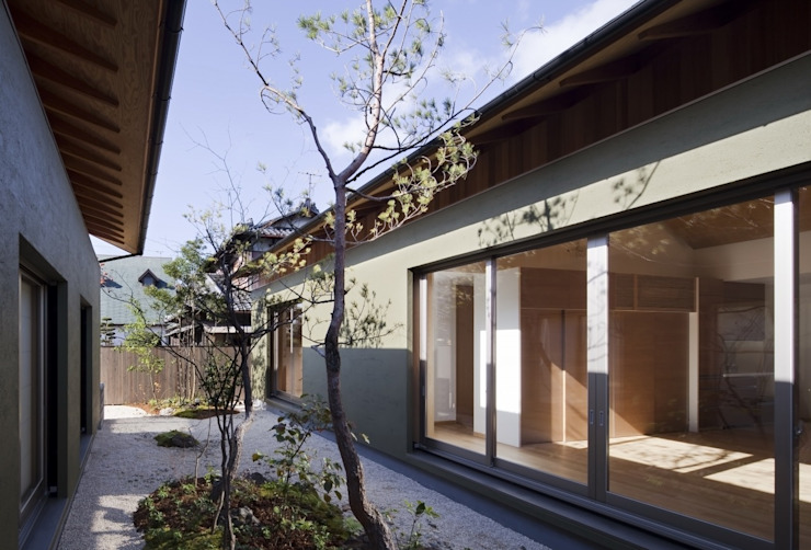 長岡京の家Ⅱ: 吉川弥志設計工房が手掛けた枯山水です。,オリジナル