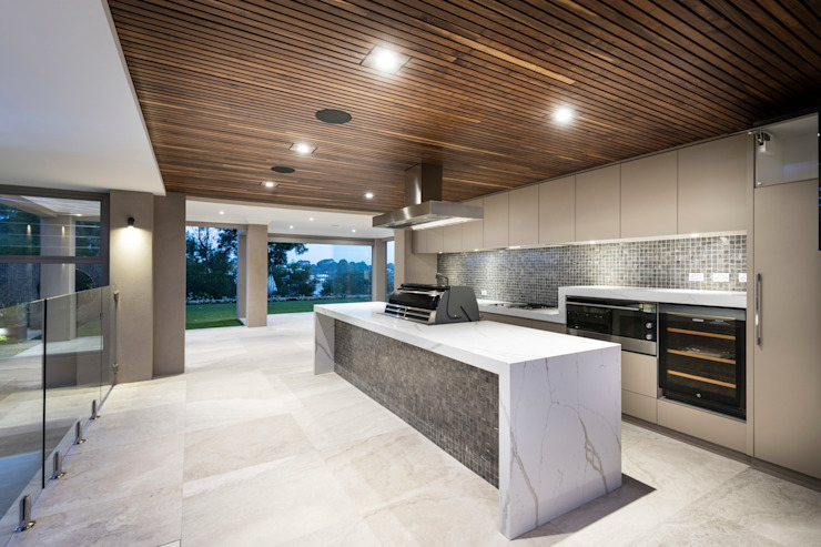 Outdoor Kitchen/BBQ Area 根據 Moda Interiors 古典風