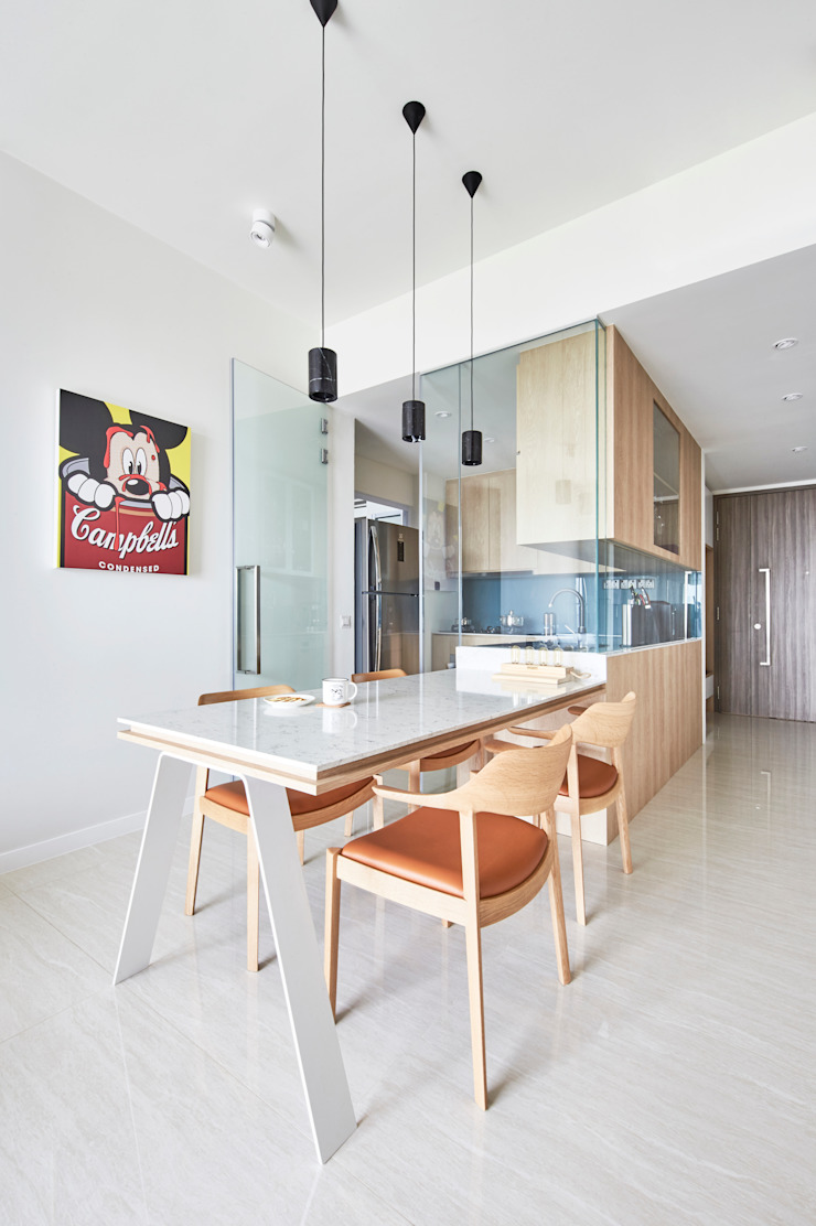 Sky Vue Scandinavian style dining room by Eightytwo Pte Ltd Scandinavian Wood Wood effect