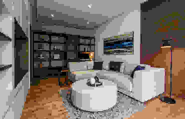 Casa del Tec, Residencia Ithualli Salones modernos de IAARQ (Ibarra Aragón Arquitectura SC) Moderno