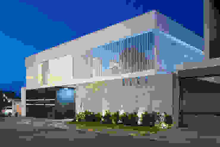 Casa del Tec, Residencia Ithualli Casas modernas de IAARQ (Ibarra Aragón Arquitectura SC) Moderno