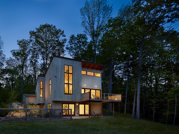Spence House by Metcalfe Architecture & Design Modern