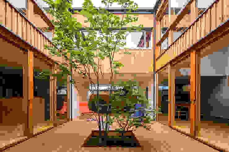中一の沢・光庭のある家 オリジナルな 庭 の 中山大輔建築設計事務所/Nakayama Architects オリジナル