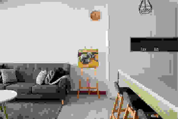 HILLSTA Scandinavian style living room by Eightytwo Pte Ltd Scandinavian Wood Wood effect