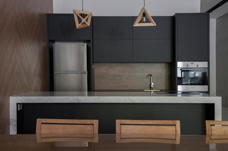 JALAN TANJONG Eightytwo Industrial style dining room Black