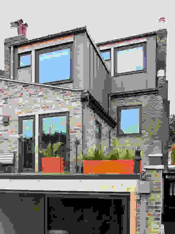 Rear facade extension Draisci Studio Casas de estilo moderno