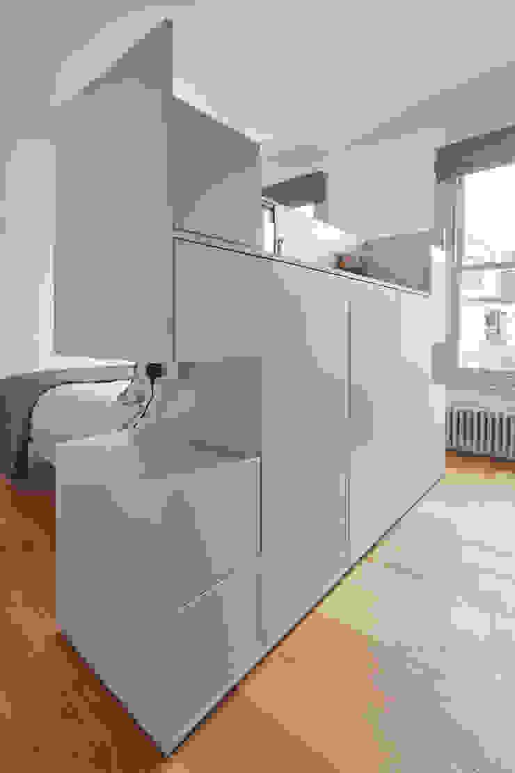 bedroom Draisci Studio Dormitorios de estilo moderno