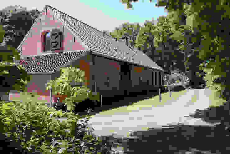 Restauratie boerderij Hengstmere van ODM architecten - erfgoed & architectuur Landelijk
