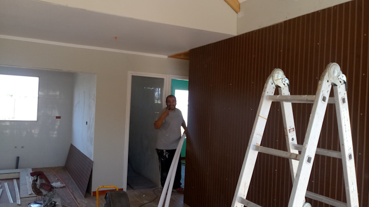 Casa 74 m2 en paneles SIP Livings de estilo rústico de Casas E Haus Rústico