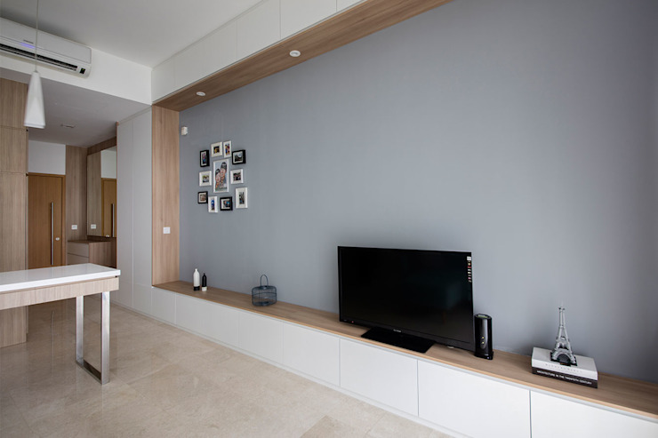 THE GREENWICH Scandinavian style living room by Eightytwo Pte Ltd Scandinavian Wood Wood effect