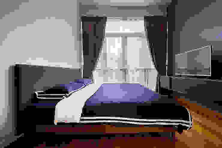 THE GREENWICH Scandinavian style bedroom by Eightytwo Scandinavian