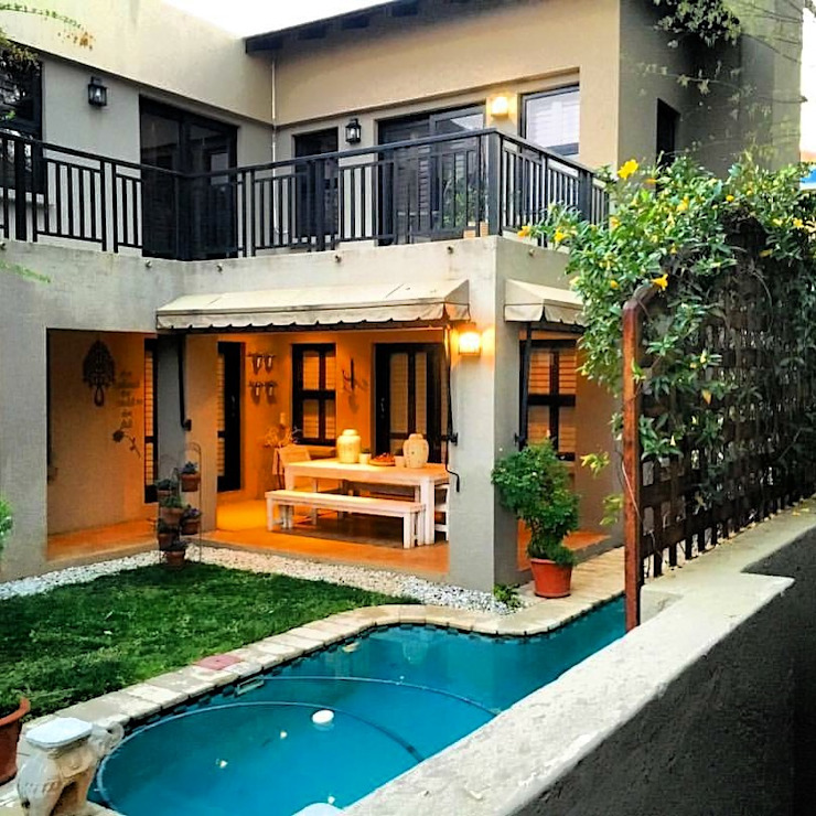 Outdoor city living Eclectic style balcony, porch & terrace by CS DESIGN Eclectic