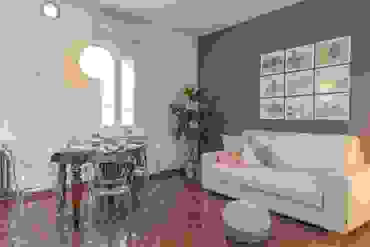 Salas de jantar clássicas por Anna Leone Architetto Home Stager Clássico