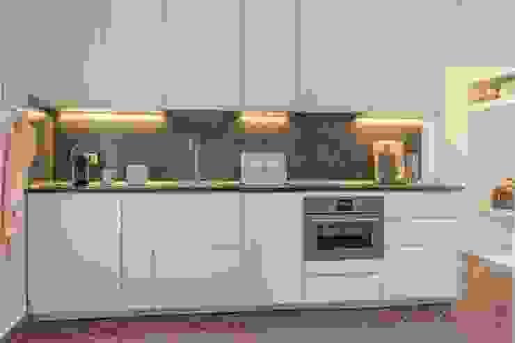Cozinhas minimalistas por Anna Leone Architetto Home Stager Minimalista