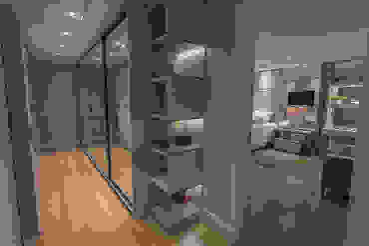 Suíte Casal: Quartos  por Juliana Agner Arquitetura e Interiores,Moderno