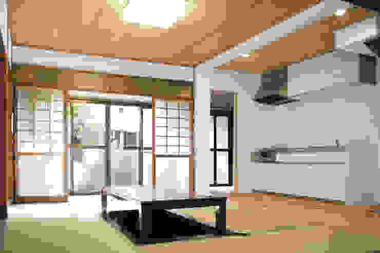 Moriguchi House AMALGAMA Salas de estar asiáticas Madeira