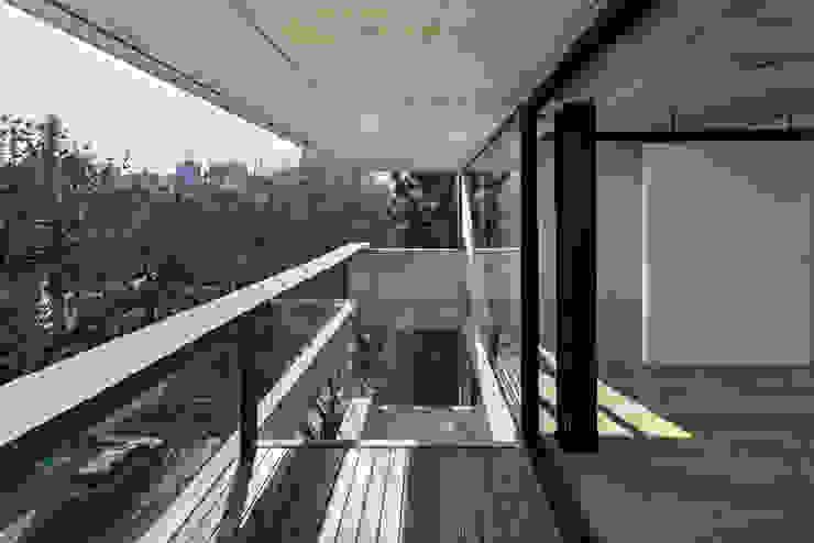 ATV Arquitectos Balcones y terrazas modernos