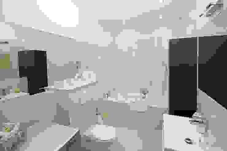 homify Asian style bathroom