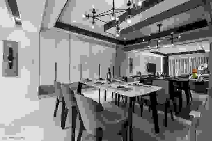 Salas de jantar modernas por 湘頡設計 Moderno