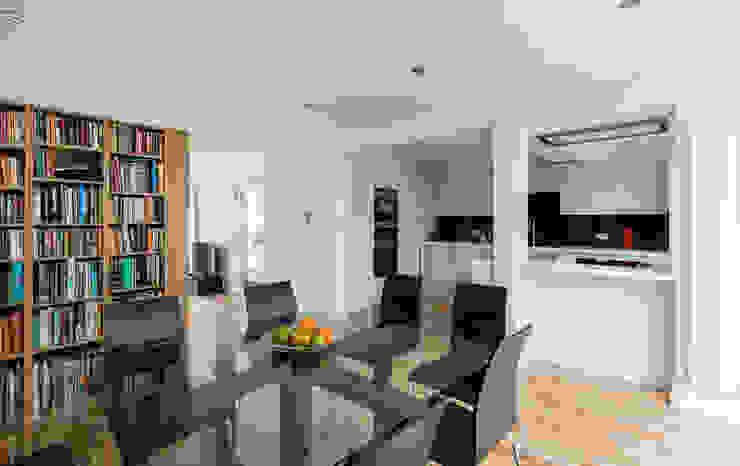 House Refurbishment, Weybridge, London モダンデザインの ダイニング の Model Projects Ltd モダン