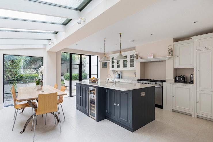 Jess & Hugo's Shepherd's Bush Renovation Classic style kitchen by Model Projects Ltd Classic