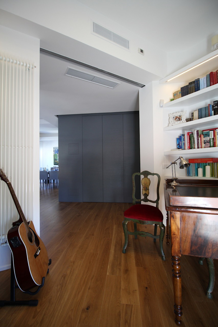 Modern Study Room and Home Office by Giuseppe Rappa & Angelo M. Castiglione Modern