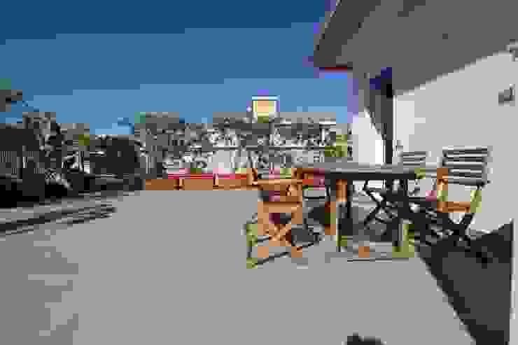 Balcon, Veranda & Terrasse modernes par Giuseppe Rappa & Angelo M. Castiglione Moderne