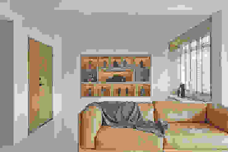 Ruang Keluarga Gaya Skandinavia Oleh Eightytwo Pte Ltd Skandinavia