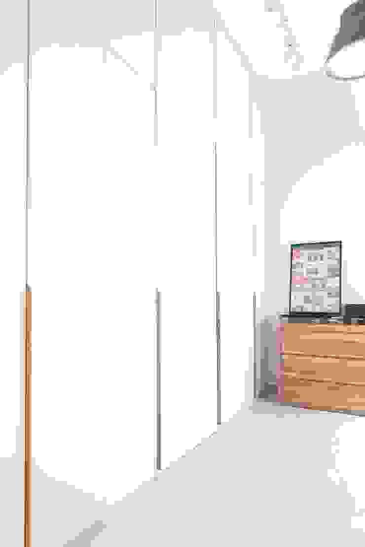 Dormitorios de estilo escandinavo de Eightytwo Pte Ltd Escandinavo