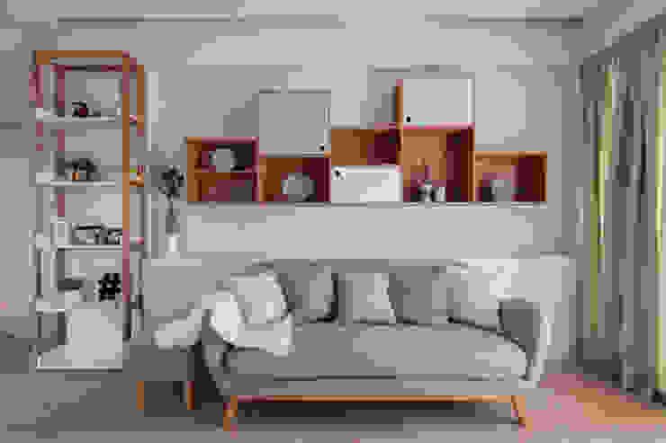 THE STELLAR Scandinavian style living room by Eightytwo Pte Ltd Scandinavian
