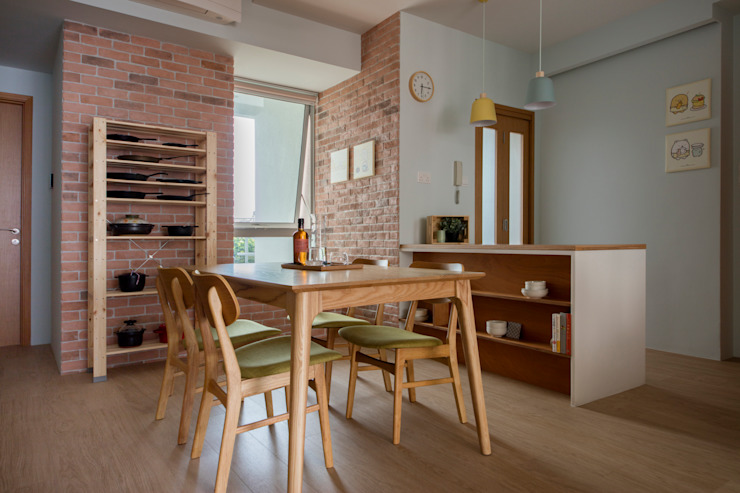THE STELLAR Country style dining room by Eightytwo Pte Ltd Country