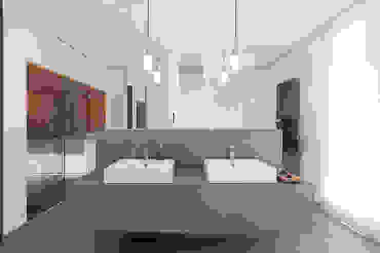 Haus am See in der Nähe Leipzigs Manufaktur Hommel Moderne Badezimmer